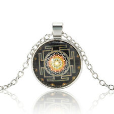 Chic Fashion Jewelry Silver Chain Yantra Photo Cabochon Glass Pendant Necklace