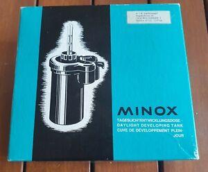 Minox cuve de developpement plein jour , daylight developing tank