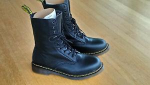 Doc Dr. Martens 1490 Virginia smooth leather 10-Loch 2021 (Kopie) - neu 43