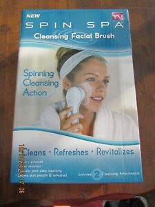 SPIN SPA Cleansing Facial Brush 2 Attachments Spinning Action As Seen On TV