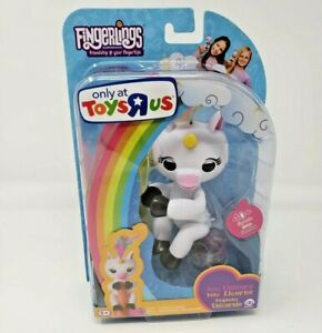 New WowWee Gigi Unicorn Fingerling Black Hooves (Toys'R'Us 2017 Exclusive)