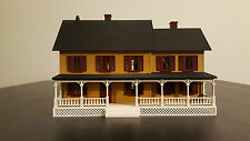 MTH Country House Yellow O scale