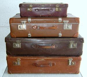 4 Stck. alte Koffer , Deko / Vintage !