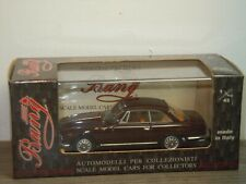 Alfa Romeo 2000 Sprint Street - Bang 7221 Italy 1:43 in Box *39098