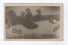 CARTE PHOTO Studio Décor peint Avion Aviation Souvenir exposition Marseille 1922