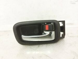 01 02 03 04 05 Lexus IS300 FRONT PASSENGER INNER DOOR HANDLE 69205-47010-B4