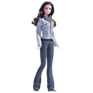 Damaged Box Special - Twilight Saga Bella Pink Label Barbie Doll