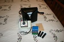 Vintage Polaroid Swinger Model 20 Land Camera Instant White With Case Untested