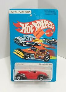 Auburn 852 Red with Brown Fenders Basic Hong Kong 1979 Hot Wheels 461
