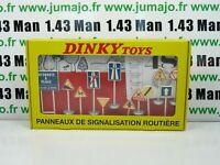 coffret réédition DINKY TOYS atlas : 12 panneaux de signalisation routière