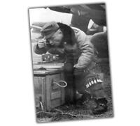 War Photo Luftwaffe Fighter Pilot in Winter Coat lunches WW2 4x6 Q