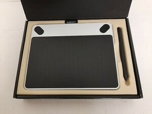 Wacom Intuos Small Drawing Pen Tablet CTL-490 - White, Boxed #H1