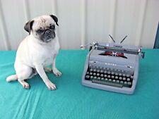 Vintage Royal Quiet De Luxe Typewriter 1940s-50s Grey