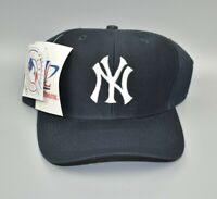 New York Yankees Logo Athletic MLB Vintage 90's Twill Snapback Cap Hat - NWT