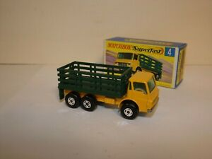 MATCHBOX TRANS. S/F NO.4-A DODGE CATTLE TRUCK 4 SPOKE FRONT AND REAR MIB
