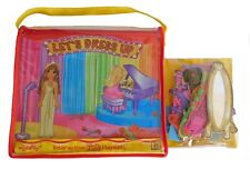 Collectible LETS DRESS UP Interactive Display & Play 3D Felt Playset Carry Bag