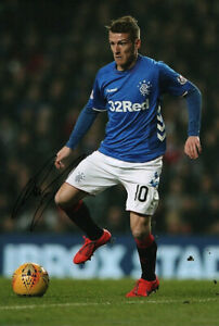 Steven Davis, Rangers & Northern Ireland, signed 12x8 inch photo. COA. Proof.