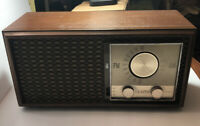 Antique Vintage Zenith TUBE Radio. Mid 20th Century Am, Fm Wood Frame Works