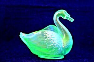 Rare Vintage 1915  Fenton (Swan) Ice Green Vaseline Carnival Glass