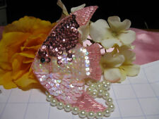 SEQUIN BEADED 5.5 INCH ANGEL FISH APPLIQUE 0693-A