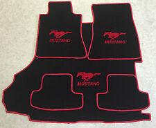 Autoteppich Fußmatten Kofferraum Set für Ford Mustang Coupe rot ab 2015 5teilig