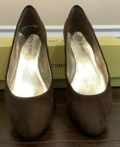 Cathy Jean Brown Suede Flat Comfortable Shoes Size 5 Slip on