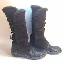 ZODIAC brown suede & black pebble leather back lace mukluk cozy winter boots 9