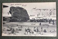 CPA. BIARRITZ. 64 - Nos Bébés à la Plage à l'heure du Bain. 1902.