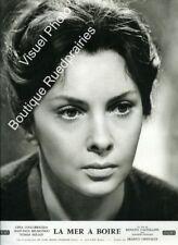 Photo 24x30cm (1963) LA MER À BOIRE Gina Lollobrigida, Jean-Paul Belmondo TBEb