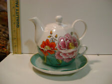 Stechcol Gracie China Stacked Combo Teapot Cup Saucer