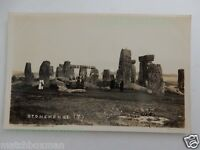 STONEHENGE + PEOPLE EARLY TWENTIETH-CENTURY REAL-PHOTOGRAPH UNUSED POSTCARD M8/3