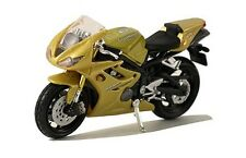 Maisto Triumph Daytona 675 Gold 1:18 Scale Model Motorcycle Motorbike