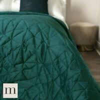 Luxury Velvet Dark Green Geometric Quilted Bedspread Double / King Size Modern