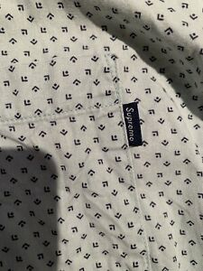 SUPREME NYC - Blue Button-Down Oxford Long Sleeve Shirt - Size L - Pre-Owned