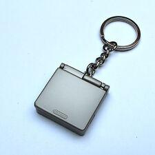 2002 Nintendo Game Boy Gameboy Advance SP Metal Keychain / Schlüsselanhänger
