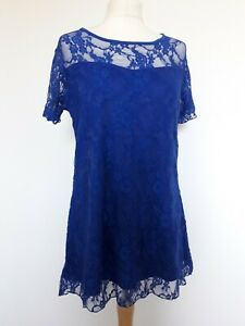 Nouvelle Collection Blue Lace Stretchy Tunic Top