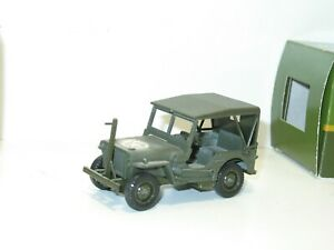 SOLIDO militaire Jeep willys military police avec pare-cable