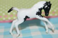 #6049 Breyer Stablemate Horse, Scrambling Foal, Black white paint