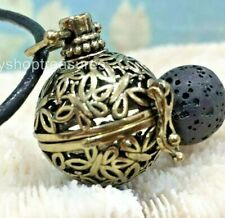 Butterfly Aromatherapy diffuser Necklace Essential Oil Black Lava - Vintage Gold