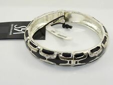 STRIKING SAKS FIFTH AVENUE JEWELED ENAMEL HINGED BANGLE * NEW WITH TAG