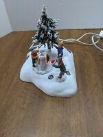 LEMAX CHRISTMAS VILLAGE ACCESSORY - man building snowman