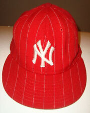 Fantastic NY Yankees Raised Letters Baseball  Cap Hat Fitted sz 7-1/4 (57.7 cm)