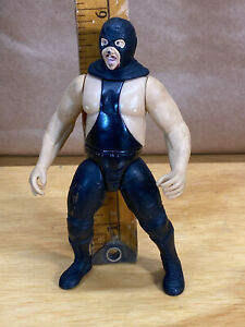WWF Jakks Exclusive Executioner WWE Figure Bone Crunching Action Buries Alive