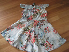 LADIES CUTE BLUE FLORAL SLEEVELESS SKATER DRESS BY BOOHOO - SIZE UK 18 - NWT