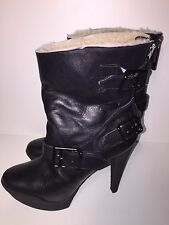 Burberry Shearling-lined black ankle  platform ankle boots sz 38.5 made in Italy