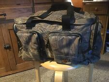 "Pre Owned Ingear Back Country Duffel Bag, Missy Oak. 18"" x 11"" x 10."