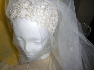 Vintage Juliet Cap Pearl and Lace Bridal Veil