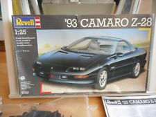 Modelkit Revell '93 Camaro Z-28 on 1:25 in Box
