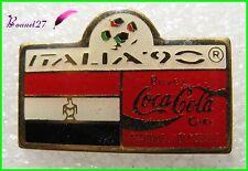 Pin's pins Badge Coca Cola Football Italia 90 Drapeau Pays l' Egypte #H3