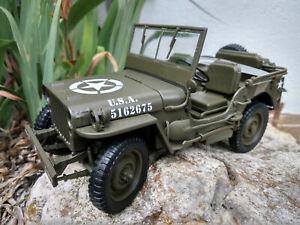 Jeep Willys MB US army 1941 échelle1:18 longueur 18cm sans capote neuve en boite